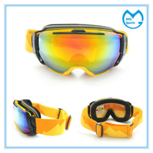 Dual Spherical Sporting Goods Snowboard Promotion Goggles pictures & photos
