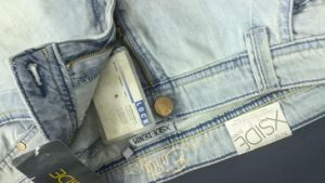 Thin Jeans Needle Detector/ Broken Needle Inspection Machine pictures & photos