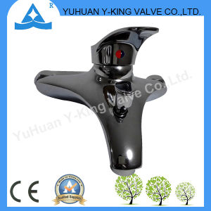 Single Level Brass Mixer Faucet with Deck Mounted (YD-E011) pictures & photos
