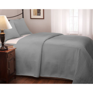 Quilted Full/ Queen Size Platinum Coverlet