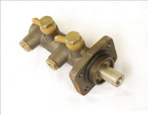 High Quality Dfac Truck Parts Brake Master Cylinder pictures & photos