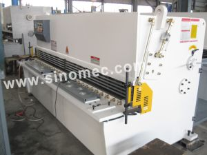 Nc Guillotine Shear / Cutting Machine / Hydraulic Shear Machine (QC12Y-8X3200) pictures & photos