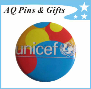 Unicef Sports Tin Button Badge with Cmyk Printing (button badge-18) pictures & photos