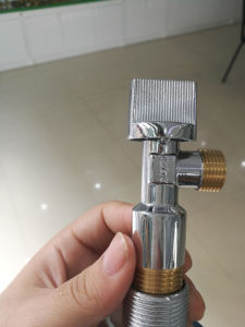 Cheaper Brass Angle Valve with Yellow Thread (YD-5016) pictures & photos