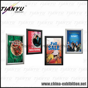 Wall Mounted Aluminum Picture Frame (a1, a2, a3, A4, a5 size) pictures & photos