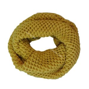 Fashion Acrylic Knit Women Loop Scarf pictures & photos