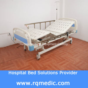 ICU, Ccu (CE, ISO) Three-Function Electric Medical Bed pictures & photos