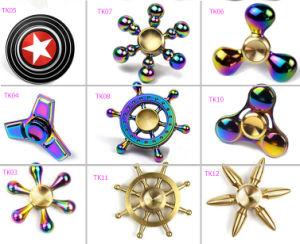 Fidget Factory Price Multi Designs Metal Fidget Spinner Rainbow Chrome pictures & photos
