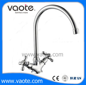 Double Handle Brass Body Sink Kitchen Faucet (VT61005) pictures & photos
