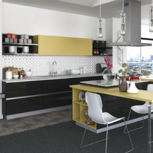 Guangzhou Manufacturer Modern Lacquer Wooden Modular Kitchen Cabinets (OP15-L06) pictures & photos