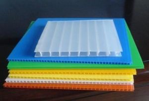 Corrugated Sheet PP Plastic Sheet Colorful Hollow Sheet in China pictures & photos
