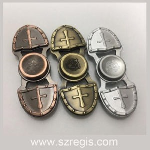 Caesar Crusader Top Gyro/Fingertip Gyro/EDC Hand Spinner/Innovative Anti Stress Toy pictures & photos