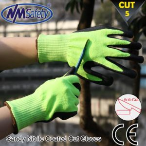 Nmsafety Good Grip Nitrile Coated Cut Resistant Glove pictures & photos