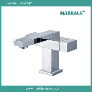 Fashional Design Dual Handle Brass Square Faucet (HJ-9047)