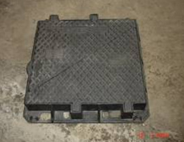 En124 D400 Ductile Iron Manhole Frame with Two Covers pictures & photos