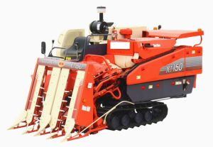 Half-Feed Combine Harvester pictures & photos