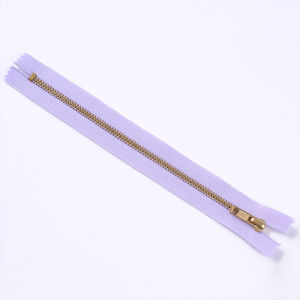 Hot Sale No. 3 Gold Brass Normal Teeth Zipper Close End pictures & photos
