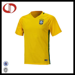 Custom Made Cheap Professional Yellow Soccer Jersey pictures & photos
