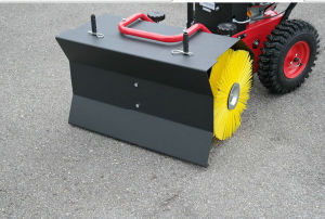 65cm Width Simple Snow Sweeper pictures & photos
