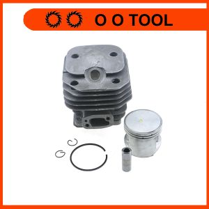 H61 268 272 Chainsaw Spare Parts 272 Cylinder Kit pictures & photos