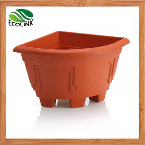 Home Decorated Plastic Corner Flower Pots pictures & photos