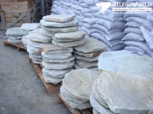 Round Grey Flagstone for Outside Garden Decoration (CS018) pictures & photos