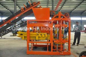 Qt4-25 Semi Automatic Concrete Hollow Cement Block Making Machine Prices pictures & photos