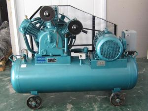 380V Piston Type Compressor in Air pictures & photos