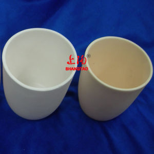 Laboratory Cylindrical Al2O3 Ceramic Crucible Pot for Sample Holder pictures & photos