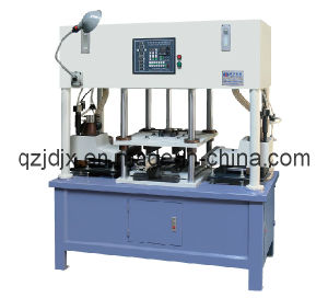 The Full-Automatic Core Shooter Machine for Casting Iron (JD-400-Z) pictures & photos