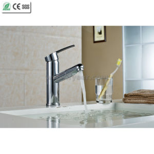 Pull out Brass Kitchen Sink Mixer Faucet (Q13003) pictures & photos