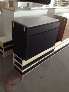 Maple Solid Wood Cabinet pictures & photos