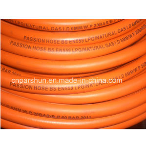 Flexible Rubber LPG Gas Hose for Cookers pictures & photos