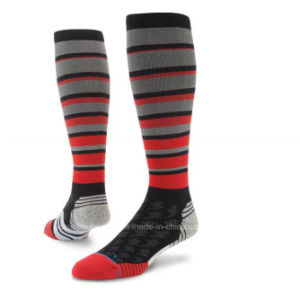Fashion Performance Knee High Elite Compression Socks pictures & photos