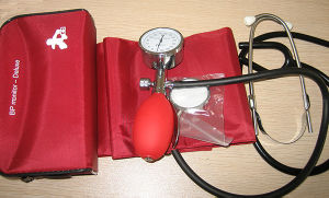 Aneroid Manual Sphygmomanometer pictures & photos