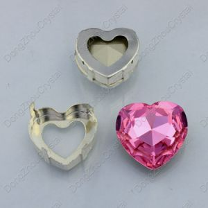 China Factory Fashion Crystal Heart Fancy Stone with Claw for Jewelry pictures & photos