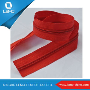 Factory Nylon Zipper Roll for Production Bags Nylon Zipper 5 pictures & photos