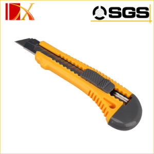 Automatic Utility Knife with Three Blades 0.5mm Blades Cutter Knives pictures & photos