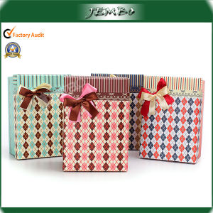 OEM Design Quality Christmas Gift Paper Package Box pictures & photos