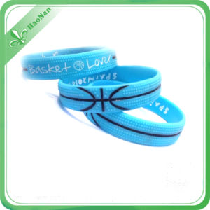 Colorful Hot Sale Promotion Gift Item Silicon Wristband for Festival pictures & photos