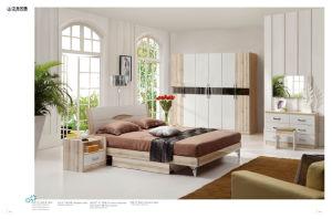 Living Bedroom Furniture in Dresser with Mirror