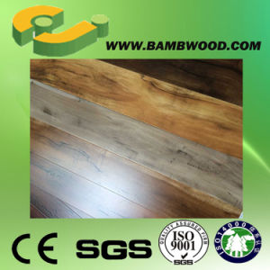Eco Friendly AC4 HDF Laminate Flooring pictures & photos