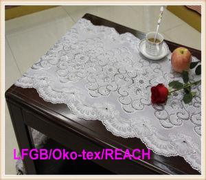 Elegant Vinyl Lace Table Cloths / Table Runner for Wedding/Party pictures & photos