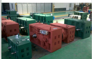 Plastic Extruder Gear Box pictures & photos