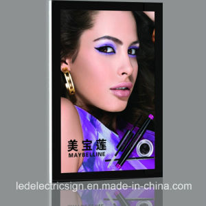LED Decorative Photo Frame Crystal Mirror pictures & photos