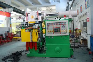 Horizontal Automatic Rubber Injection Molding Machine pictures & photos