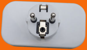 3 Outlet Gang Plug Socket pictures & photos