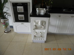 White MDF Modular China Wooden Cabinet (KC128) pictures & photos