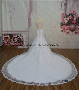 White Lace Applique Mermaid Luxury Long Train Wedidng Gown OEM pictures & photos