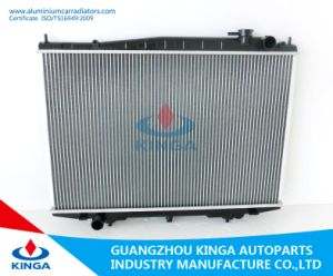 Aluminum Auto Radiator for Nissan Bd22/Td27 Mt pictures & photos